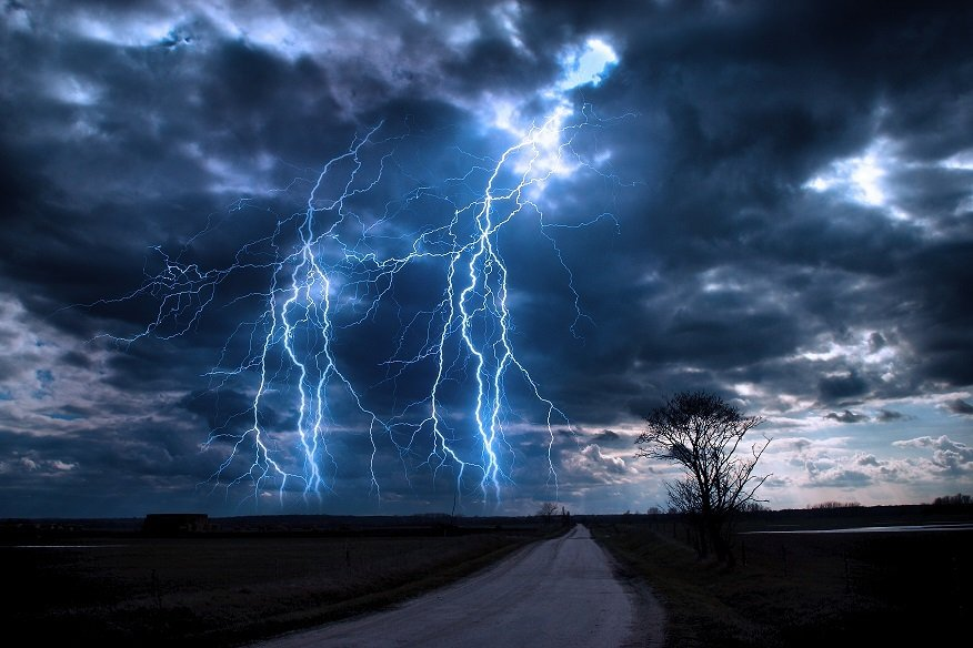 how to say lightning strike in japanese